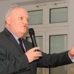 Francois Asselineau, maître gourou de l'UPR