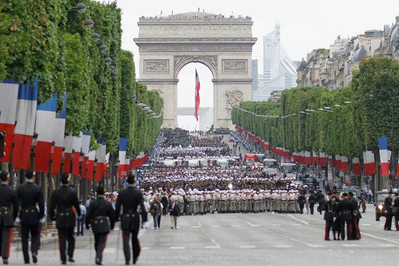 Défilé militaire du 14 Juillet sur les Champs-Elysée