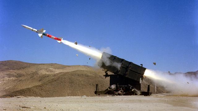"""Dassault à propos de l'avion abattu par erreur en Iran : """"C'est ça d'acheter des missiles chinois"""""""