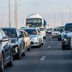 Départs en vacances : Les Verts veulent transformer les voies de gauche des autoroutes en pistes cyclables