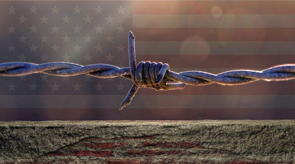 Mur à la frontière entre le Mexique et les États-Unis