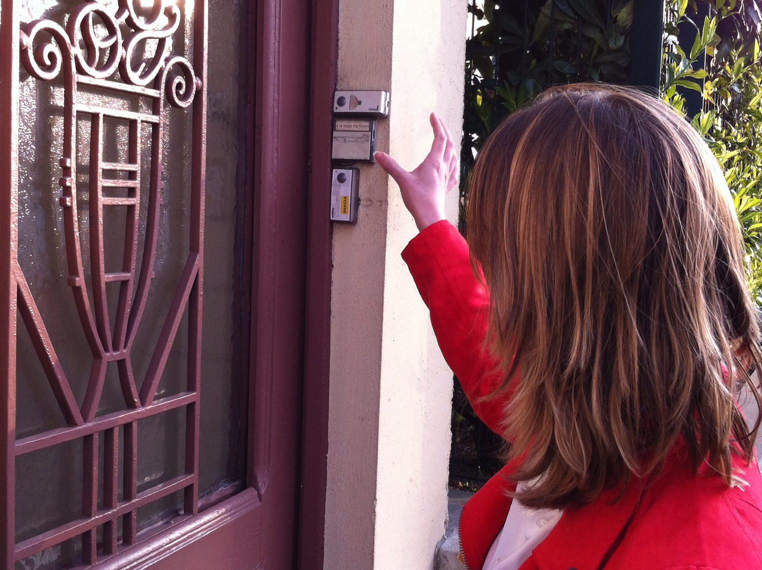 Reprise économique : Les témoins de Jéhovah reprennent le porte-à-porte