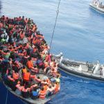 Sauvetage de migrants en pleine mer Méditerranée