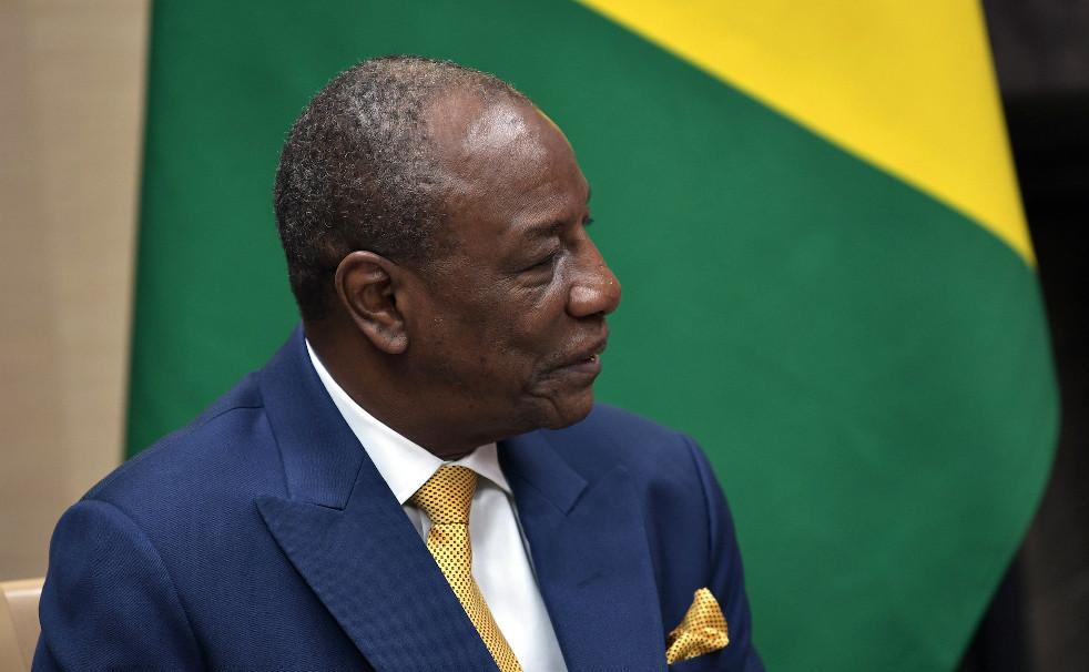 Guinée : Après recompte des bulletins de vote, Alpha Condé est réélu Président avec 102,3% des voix