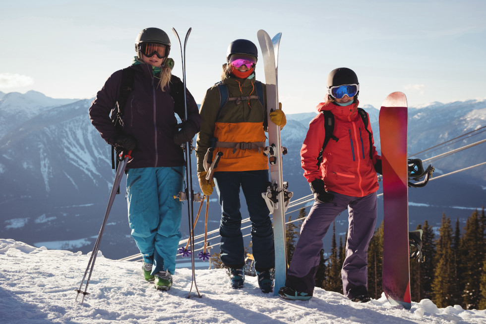 Photos de 3 skieurs Savoyards partant en Suisse pour skier