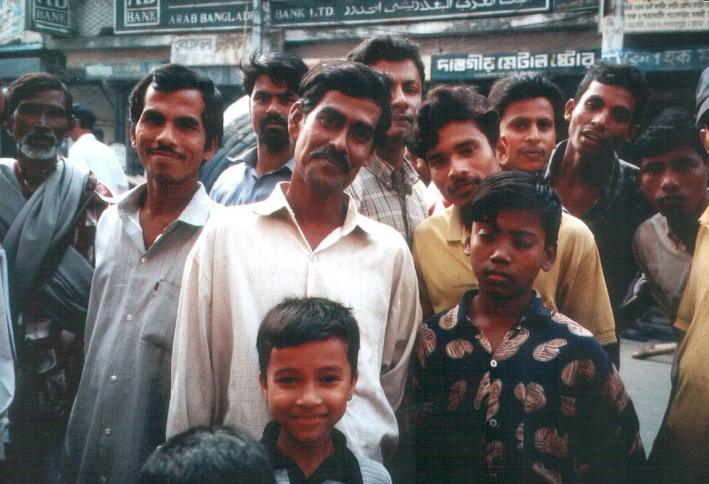 Miracle économique : Le Qatar retrouve 120 nouveaux esclaves sous un tapis
